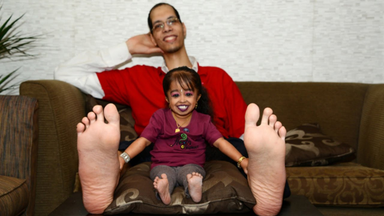 man with the world s biggest feet jamaican videos